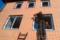 Монтаж решеток в Калтане